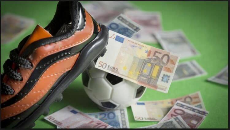 tiền và giày