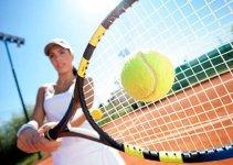 chơi tennis